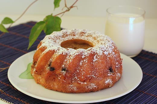 blueberry-cashew_bundt
