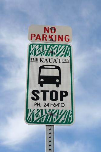 Kauai-bus-stop